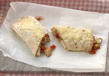 Makkelijke enchilada met paprika, prei & kip