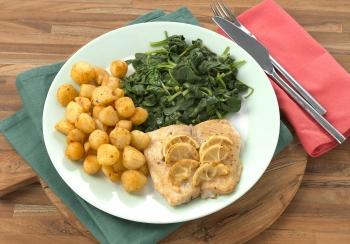 Pangasiusfilet met citroen, spinazie & krieltjes uit de oven