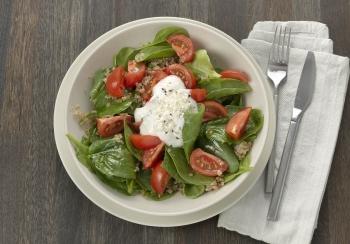 Quinoa met spinazie & tomaten
