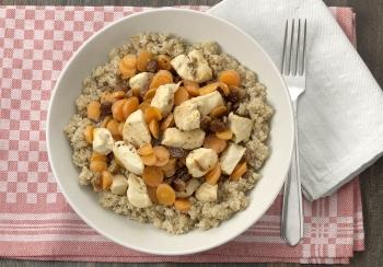 Sinaasappelkip met quinoa