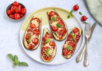 Vegetarische aubergine pizza's