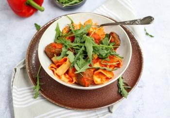 Pappardelle met groentesaus & gehaktballetjes